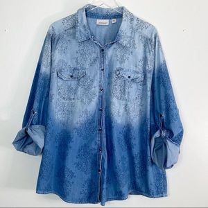 AVENUE Chambray Ombre Button Down Top S 26/28